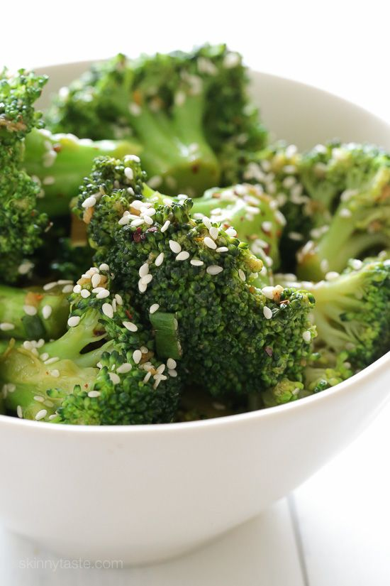 Berry quinoa breakfast bowls recipe broccoli for Fish and broccoli diet