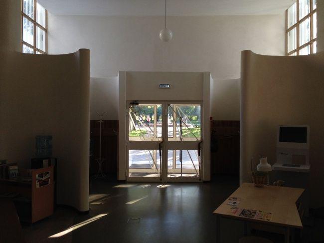 Библиотека Аалто в Выборге. Вход в детскую библиотеку. Фотография © «ДНК аг»