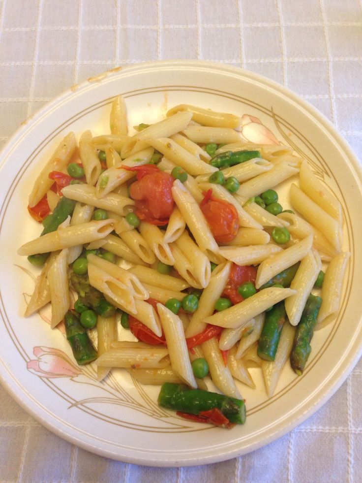 Asparagus pasta so easy to make and so tasty!