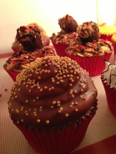 Milk chocolate cupcake
