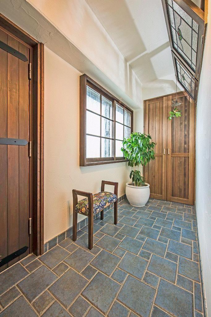 玄関事例:広い玄関(アンティークな大人の空間 マンションリノベーション)