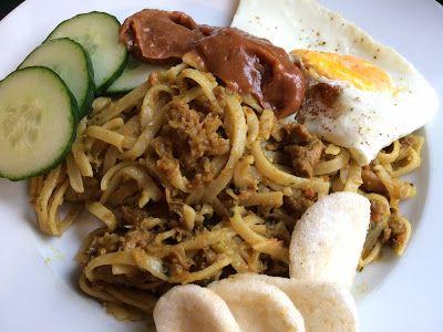 """Lekker eten met Marlon: Bami of nasi met """"verstopte"""" groenten, speciaal vo..."""