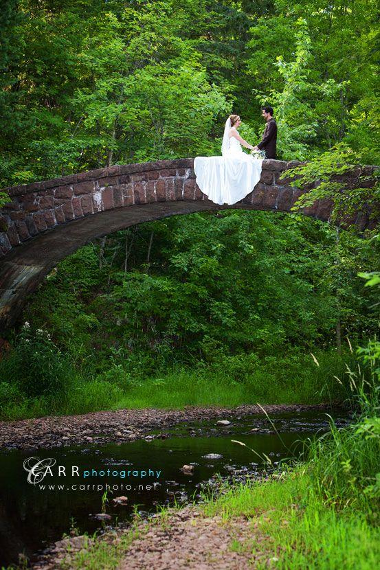 Another great spot for wedding pictures at Glensheen, the bridge overlooking Tischer Creek.
