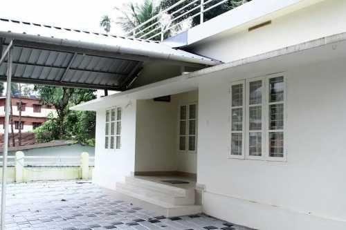 Beautiful 3 Bedroom Cottage in Wayanad