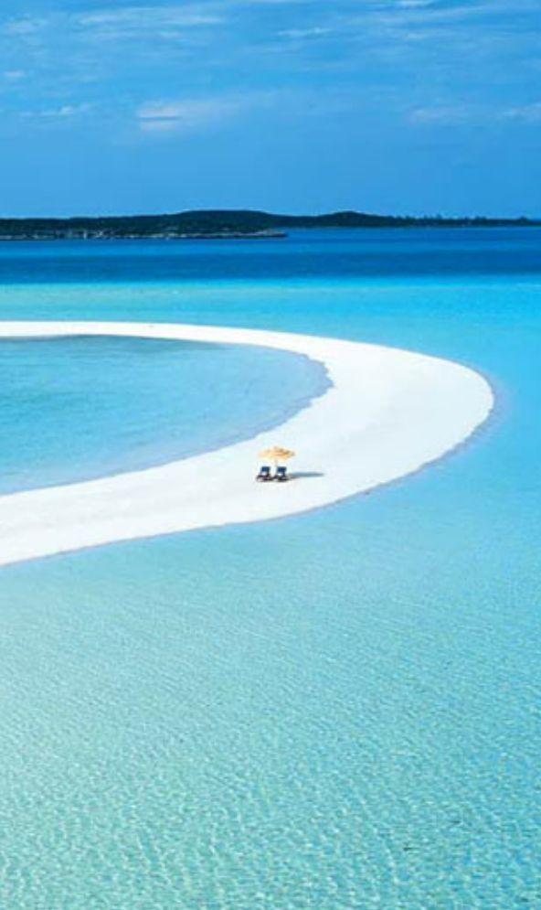 Mushacay...Bahamas, I want to be under that yellow umbrella!