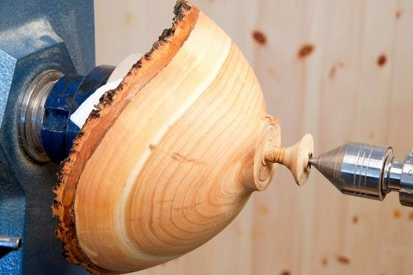 how to cut wood to turn bowl