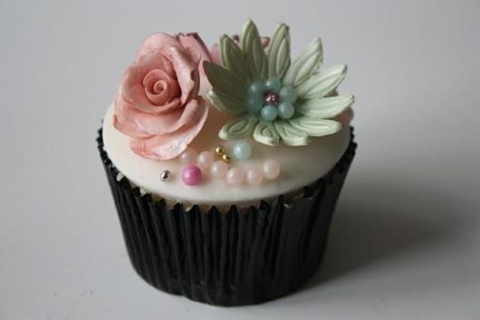 sweet: Pretty Cupcakes, Cupcakes Heavens, Cupcakes Crazy, Cake Decor, Flower Cupcakes, Elegant Cupcakes, Pretty Flower, Cupcakes Rosa-Choqu, Cupcakes Fun