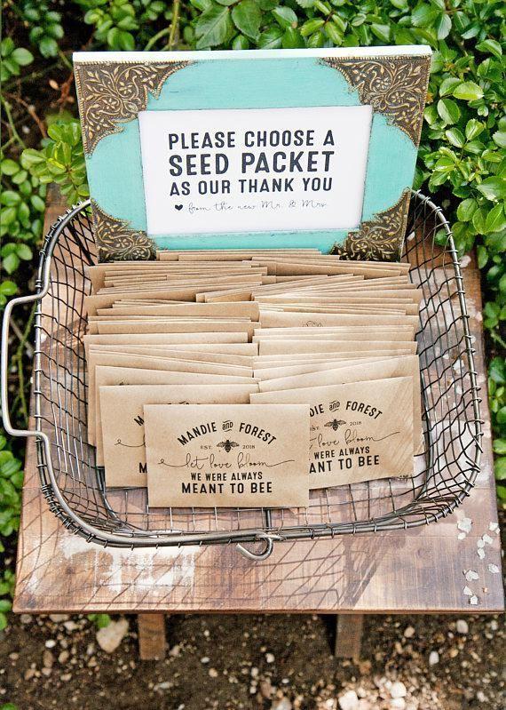 Wildflower Seed Wedding Favor Packets – personalisiert – Liebe blühen lassen, Bee Design, Biene gemeint – Kraft pflanzbare Geschenk – 30 Pakete oder mehr – Stevie Rotella Photography