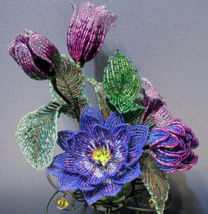 Плетение из бисера: цветы