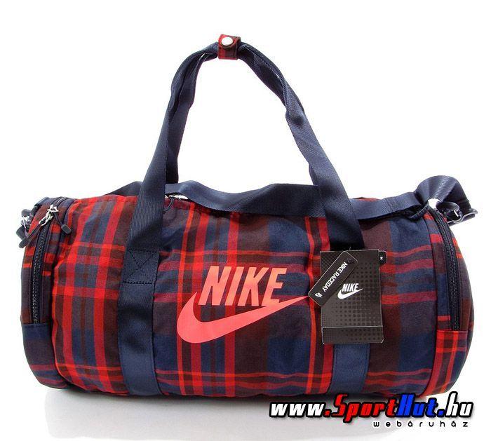 Nike barrel - henger alakú kockás sporttáska