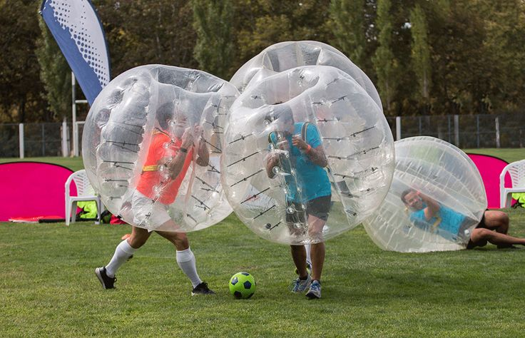 Soccer mad groom? SmartGroom's top ideas for a football stag party... great fun and easy to organise! #stagparty #stagpartyideas
