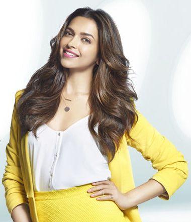Deepika Padukone promoting HP