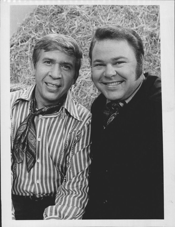 buck owens and roy clark relationship