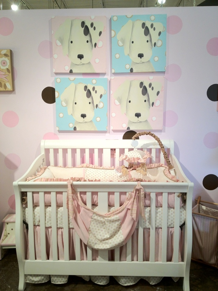 2000 Series Crib In Snowdrift Finish Shown With Bedding By Pinecreek And Oopsy Daisy Artwork Puppy Picspuppy Picturesbaby