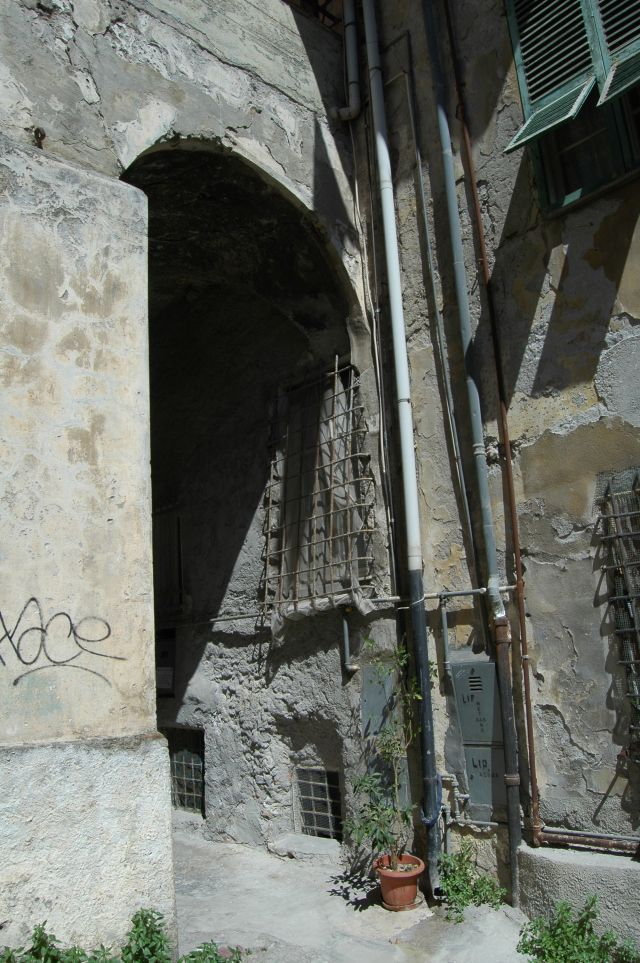 Ventimiglia (IM)  Via Lascaris