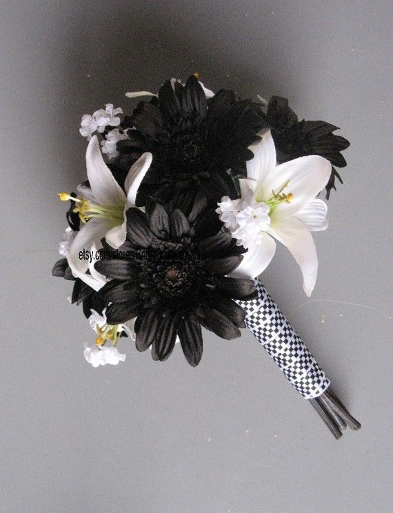 checkered ribbon wedding bouquet for NASCAR racing wedding