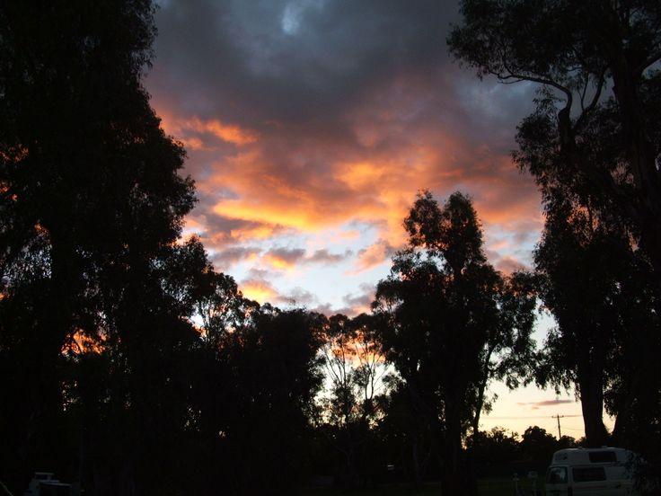 Sunset, Euroa, April 2011