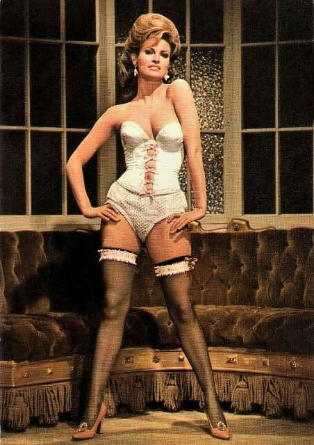 M Raquel In The Oldest Profession People Raquel Welch