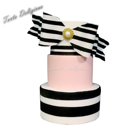 Wedding cake black and white stripes Large Bow brooch Bruidstaarten zwart wit grote strik broche strepen