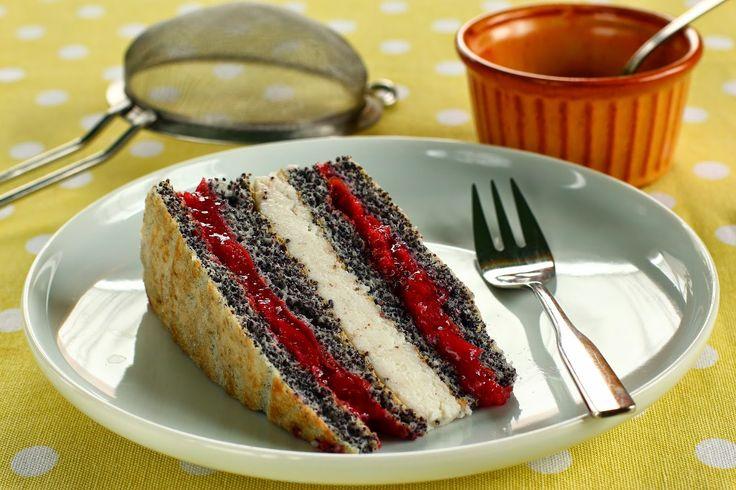 TücsökBogár konyhája  Meggyes-mákos sütemény