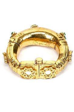 Just Jewellery : Buy Just Jewellery Designer Earrings, Designer Necklace, Bracelets, Maang Tika Passa, Hathphool, Nose Ring Online