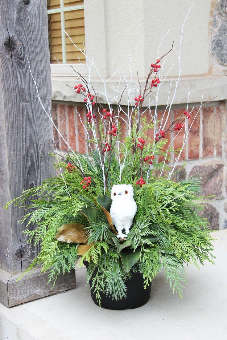 34 besten outdoor christmas planters bilder auf pinterest weihnachtliche pflanzt pfe f r. Black Bedroom Furniture Sets. Home Design Ideas