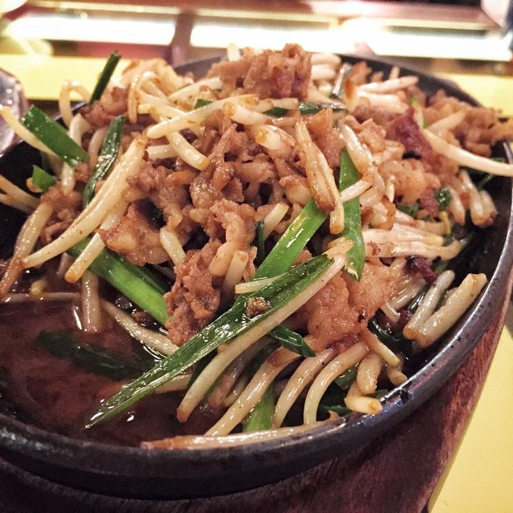: Saturdate at Tomo Izakaya  Gyuniku Nira Itame  #food #foodporn #yum #yummy #delicious #eat #best #favorite #eating #singapore #sg #local #dinner #stuffed #saturday #beef #crab #hotate #chicken #bacon #tomoizakaya #garlic #foodpics #bestoftheday #instagood #elganoid