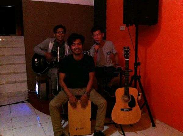 Dodit , Dzawin and David show at bengkulu
