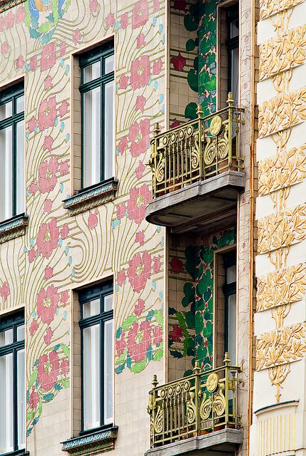Majolikahaus, designed in the Viennese Secessionist style by Otto Wagner, Vienna, Austria, 1898-99