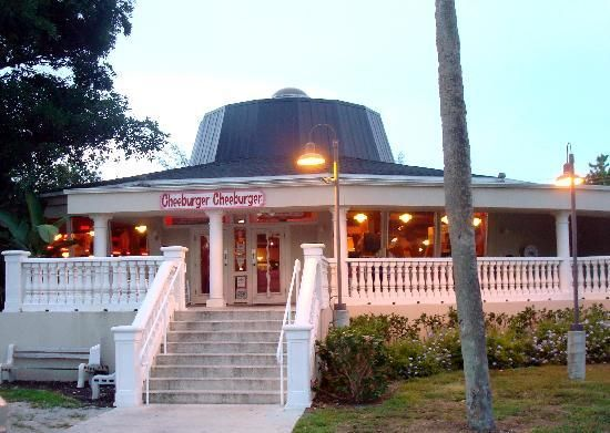 Best burgers and milkshakes anyone will have!!! This is the coolest location. Sanibel, Florida!