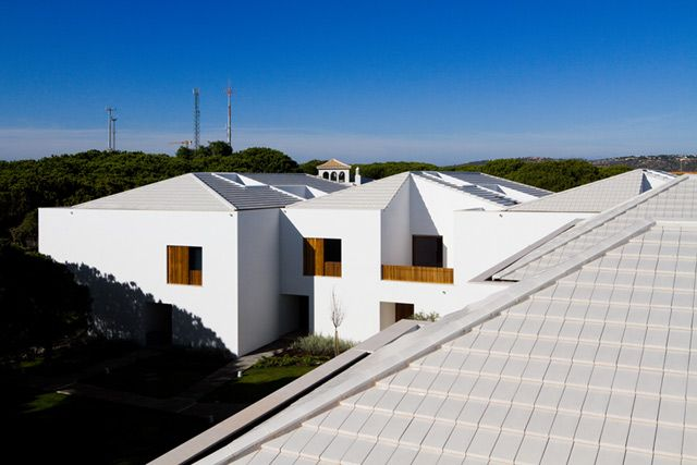 Terracotta Roof Tiles Plasma Pearl While Colour The Terraces Pine Cliffs Resort Albufeira Portugal With Images Terracotta Roof Terracotta Roof Tiles Roof Tiles