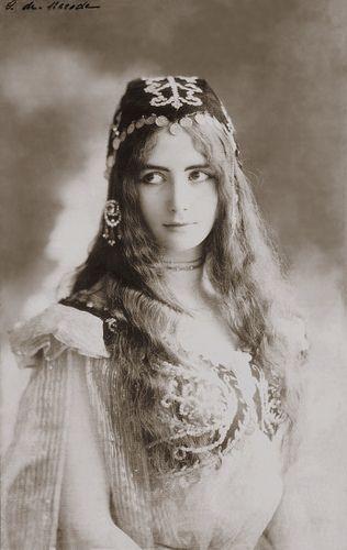 Cleo de Merode, Belle Epoque french dancer