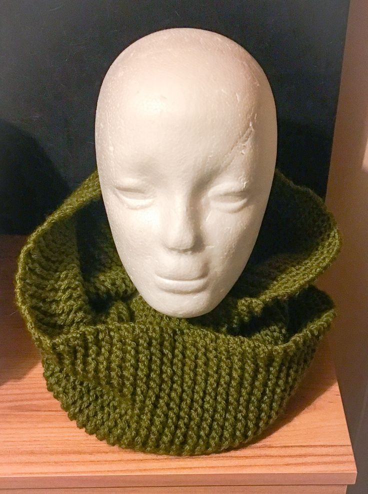 Handknitted cowl