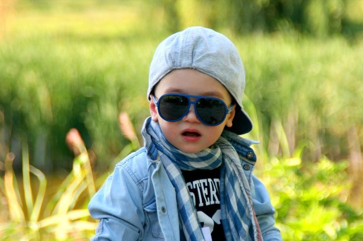 Some tips that may help you in selecting the right pair of sunglasses for your kids. Read our blog @ http://floridaeyecareassociates.com/blog/be-careful-when-choosing-sunglasses-for-your-kids  #Child #EyeCare #Blog #Kids #Sunglasses #Eye #Doctor #Optometrist #EyesOnBrickell #Brickell #Miami #Florida