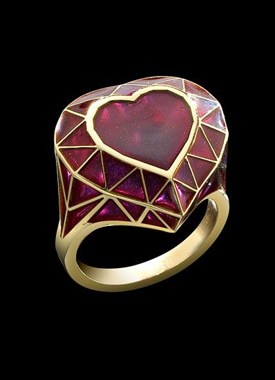 Solange Azagury-Partridge Real Fake Heart ring ~~~ Heart-shaped jewelry for Valentine's day