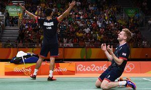 GB's Ellis and Langridge win bronze in the badminton.