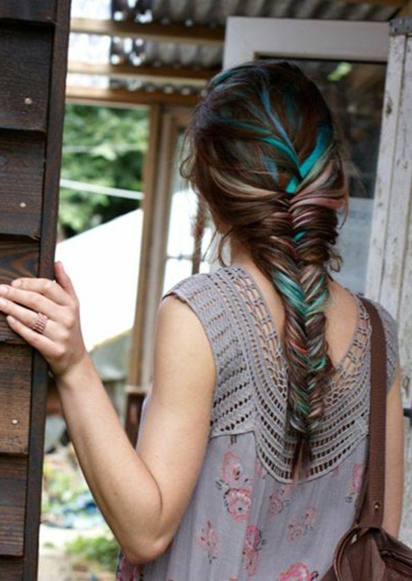couleur de cheveux, balayage coloré, fille avec cheveux longs