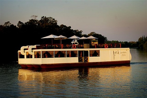 A MUST GO Cruise the #Vaal River aboard the #PetitVerdot: http://www.rivieraonvaal.co.za/floating-restaurant/