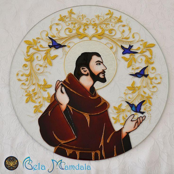 Mandala São Francisco de Assis Feita à mão com tinta relevo e verniz vitral Em vidro com 4mm de espessura Com diâmetro aproximado de 40cm R$190,00