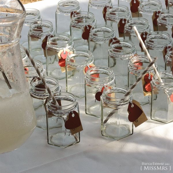 frascos de vidrio decorados de boda
