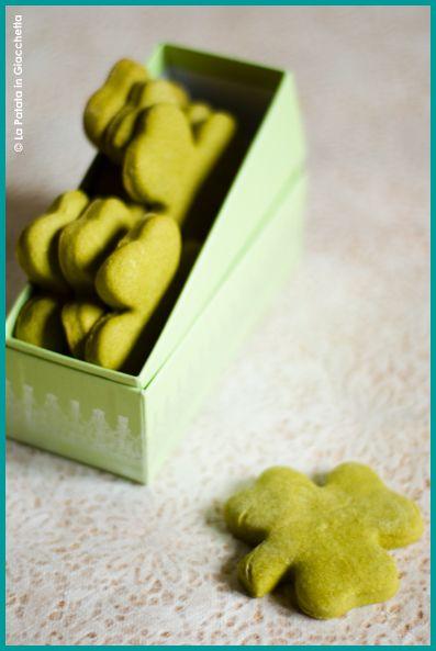 Biscotti al tè matcha #lapatataingiacchetta. Delizia non solo per gli occhi.