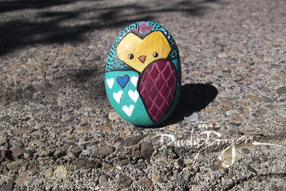 owl painted rock in tealy green raspberry white by thedandydragon painting on rocks. Black Bedroom Furniture Sets. Home Design Ideas