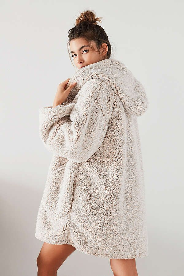 UO Shaila Oversized Fuzzy Jacket | Clothes, Faux fur hoodie
