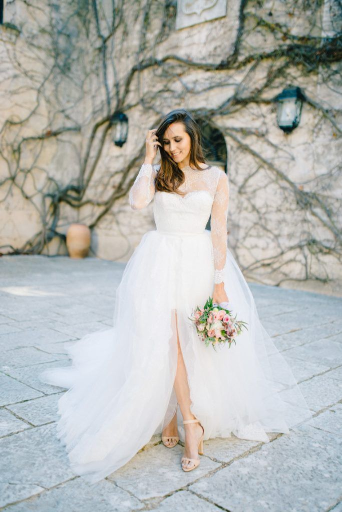 Bridal Style at Torrefiel Castle, Valencia. Planner Weddings and Events by Natalia Ortiz