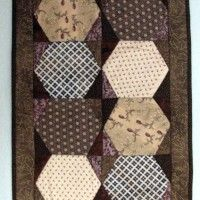 Table Mat made using the hexagon acrylic quilt templates set.