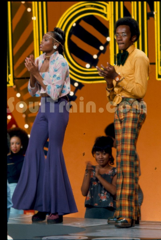 70's groovy fashin on Soul Train