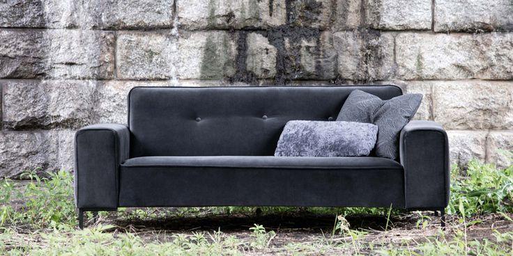 Sofa Ville marki Sits. Znajdź więcej na: www.euforma.pl #sofa #sits #livingroomfurniture #livingroom #design #polishdesign