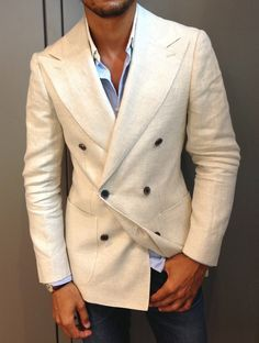 LOUIS-NICOLAS DARBON: Today I'm Wearing Double breasted linen blazer...