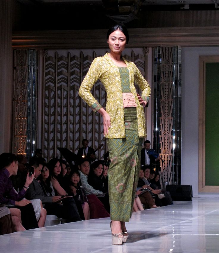 A style tribute on Kartini day Women across the country typically wear traditional attire on Kartini Day. Top designers are proving that the kebaya doesn't have to be a stilted form of dress for Indonesian women aspiring to be modern-day Kartinis.