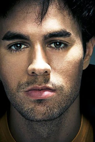 Enrique Iglesias - I'm so in love with him!!